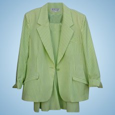 Spring green & White Seer Sucker Via Condotti FL Size 14 Ladies Beautiful  Skirt Suit