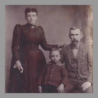 Antique Cabinet Portrait Card Family of 3
