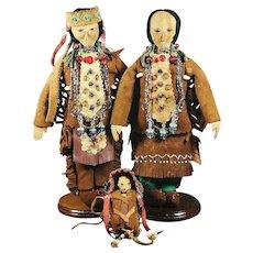 Native American Indian Lakota, Winnebago Family of Dolls