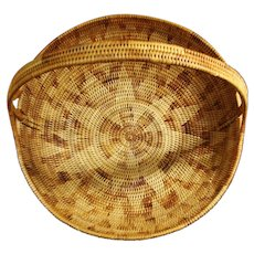 Solomon Islands Large Handled Basket