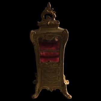 Elegant 19th century French vitrine Cabinet for mignonettes