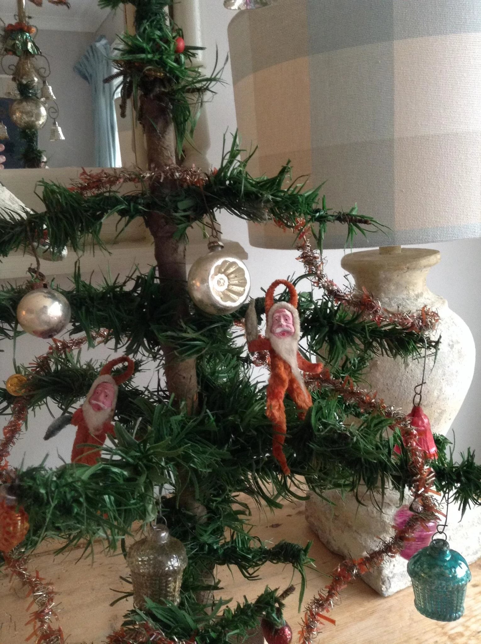 Beautiful Rare Christmas Tree With Decorations