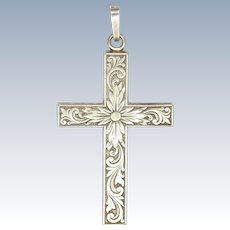 British Import 1979 Sterling Silver Engraved Cross