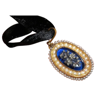 Georgian Diamonds set in Blue Glass with Seed Pearl Surround Gold Pendant