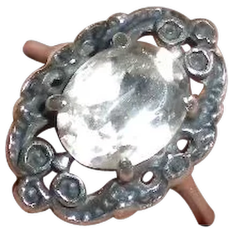 Vintage Art Deco style filigree Sterling and Crystal Ring