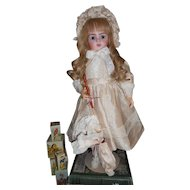 """Silk Doll Ensemble with Matching faux Umbrella for 22"""" bebe"""
