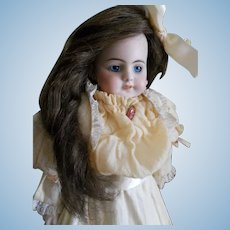 Darling Simon & Halbig 720 Bebe Doll
