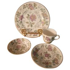 Wedgwood Avon Multi-Color Breakfast Setting - 4 pieces