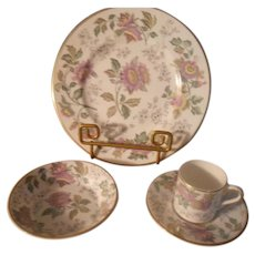 Wedgwood Avon Multi-Color Dessert Setting - 4 pieces