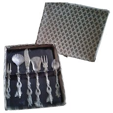 Vintage Italian Florentine Serving Set in original box