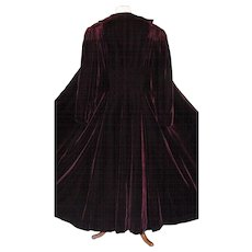 """Vintage 1930-1940 Stunning Velvet Opera Coat with Full 110"""" Hem Line Sweep"""