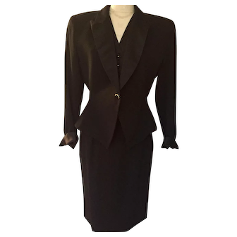 Vintage Christian Dior Tuxedo Evening  Formal Skirt Suit Size 8 Excellent Condition