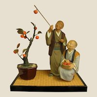 Endearing 1950s Hakata Dolls Clay Figure of Old Japanese Couple