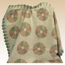 Beautiful Old Dresden Plate Quilt