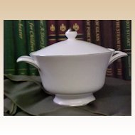 Elegant Wedgwood Silver Ermine Covered Vegetable Bowl