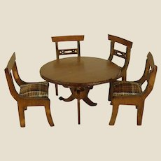 Darling Wooden Dollhouse Table and Chairs
