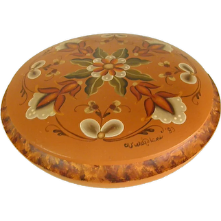 Beautiful Signed Rosemaling Round Lidded Box