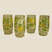 Cheery Set of Daisy Tumblers