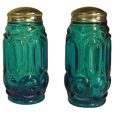 Beautiful L. E. Smith Moon and Stars Salt and Pepper Shakers