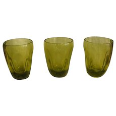 Mid-Century Russel Wright Set of Chartreuse Pinch Glasses