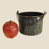 Sweet Graniteware Pail