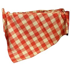 Summery 1950s Red and White Checked Tablecloth