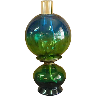 Plume and Atwood Thomaston, CT Blue and Green Flash Oil Lamp