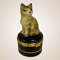 Darling Gray Tabby Ring Box