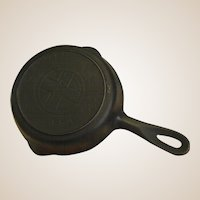 "Early Griswold Cast Iron 6 ½"" 709A Skillet with Large Cross Logo"