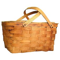 Wonderful Old Jerywil Wov-N-Wood Picnic Basket from 1940-50s