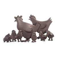 JJ Jonette Hen & Chicks Brooch Silver Pewter tone