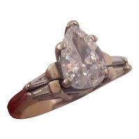 1.14 ctw Pear shape Diamond Ring 14K Gold Finger mate type setting