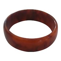 Marbled Burnt Orange Brick Color Lucite Bangle Bracelet