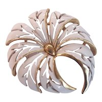 Trifari White Enamel Gold tone Flower Brooch Crown Mark
