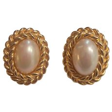 Chr Dior Simulated Pearl Oval Gold tone Earrings for Pierced