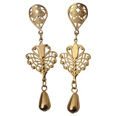 Delicate Gold tone Filigree Dangle Earrings