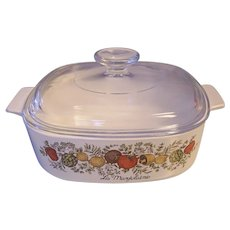 Corning Spice of Life 2 Quart Covered Casserole La Marjolaine