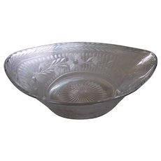 Heisey Glass Cut and Etched Flowers Serving Bowl