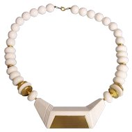 Great Mod White and Gold Brass Tone Beaded Necklace