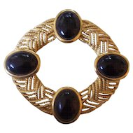 Large Trifari Gold tone w/ Black Cabochons Brooch