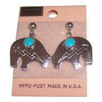 Pr Southwest Style Bear with Turquoise Earrings in Silver tone