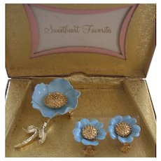 Lovely Sky Blue & Gold tone Flower Brooch & Earrings Set