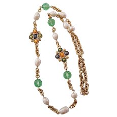 Monet Necklace in the Style of Chanel Gripoix Gold tone Green Crystals, Faux Pearls