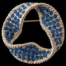 Dodds 11 W. 30 ST Inc-Marine Blue Brooch Gold tone