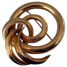 Gold tone Retro Style Circles & Swirl Brooch