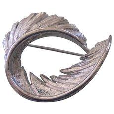 Lisner Silver tone Leafy Swirl Brooch
