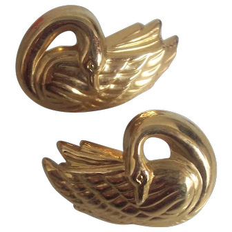 GRaceful Swan Earrings in Gold tone Avon