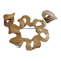 Sarah Coventry Florentine Ribbonette Brooch & Earrings Boxed Set Gold tone
