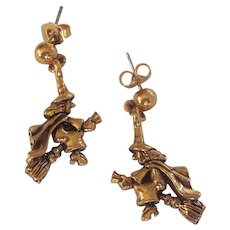 Halloween Witch Flying on Broomstick Earrings Avon Gold tone
