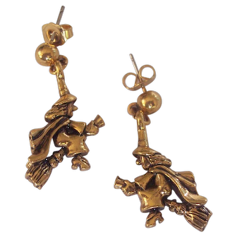 Witch Flying on Broomstick Earrings Avon Gold tone